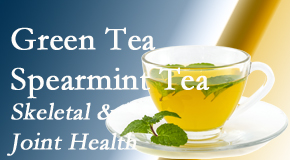 Chiropractic Care presents the benefits of green tea on skeletal health, a bonus for our West Palm Beach chiropractic patients.
